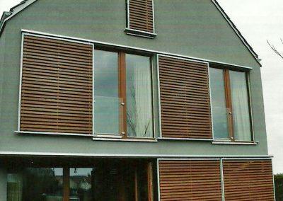 Schiebeläden an Wohnhaus in Fürstenfeldbruck