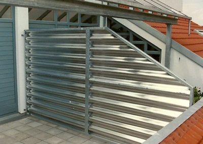 Sichtschutz an einer Dachterrasse